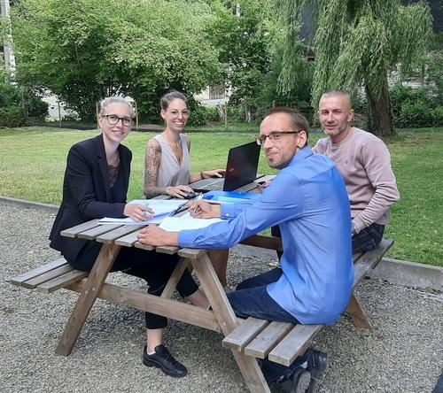 Plaisir partagé à la résidence avec Arnaud, Laura, Princy et Sébastien: la diététique des résidents...